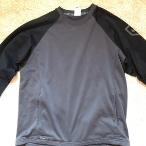 Nike Thermafit pullover sweater